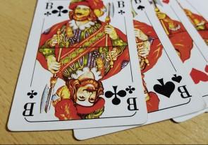 Skat, Karten spielen, Geselligkeit