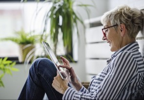 Smartphone, Tablet, Internet, Soziale Medien, PC